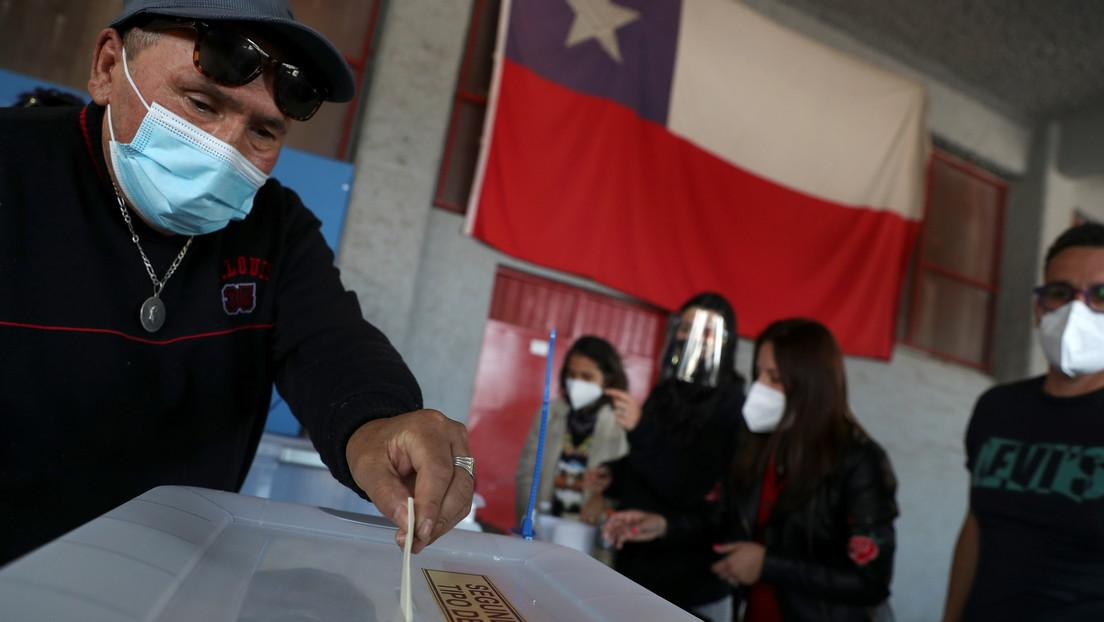 Plebiscito en Chile culmina con tranquilidad, alta afluencia, protocolos por la pandemia y a la expectativa de los resultados