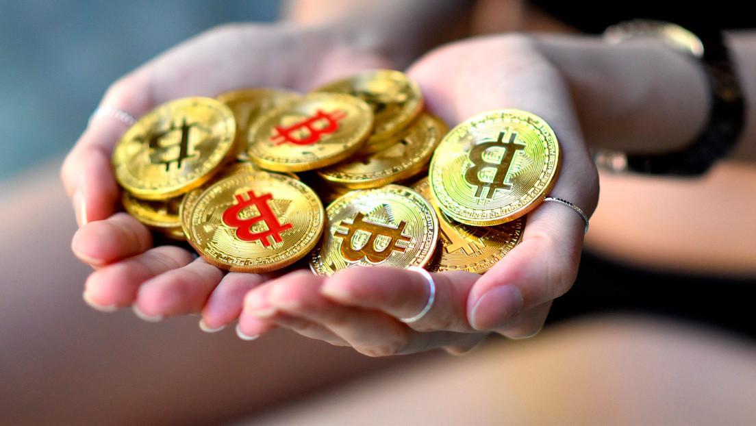Un misterioso usuario acaba de hacer una transferencia récord de 1.150 millones de dólares en bitcoines pagando menos de 4 dólares de comisión