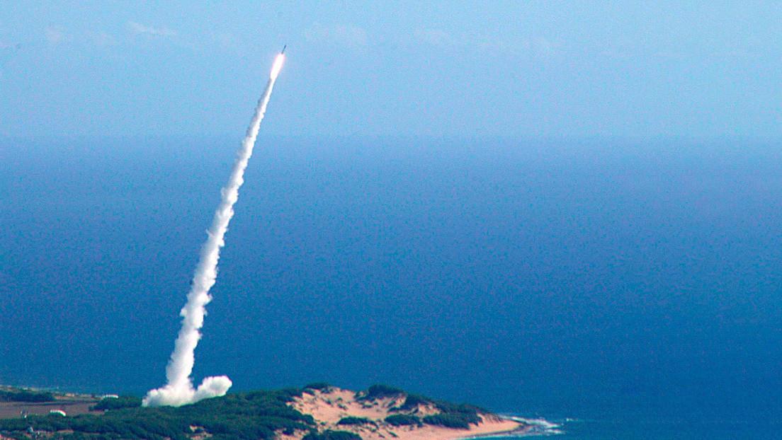 Asesor de Trump: EE.UU. desplegará misiles de corto y medio alcance en Europa para contrarrestar a Rusia de ser necesario