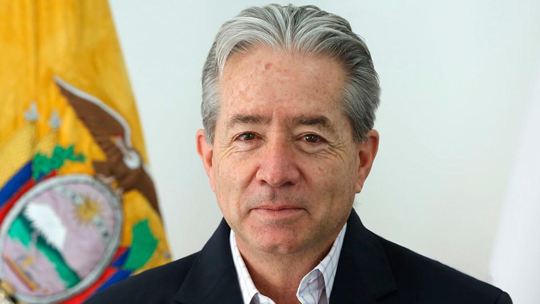 El ministro de Salud ecuatoriano dice que el personal sanitario llevó el covid-19 a los hospitales y se desata la polémica con los médicos