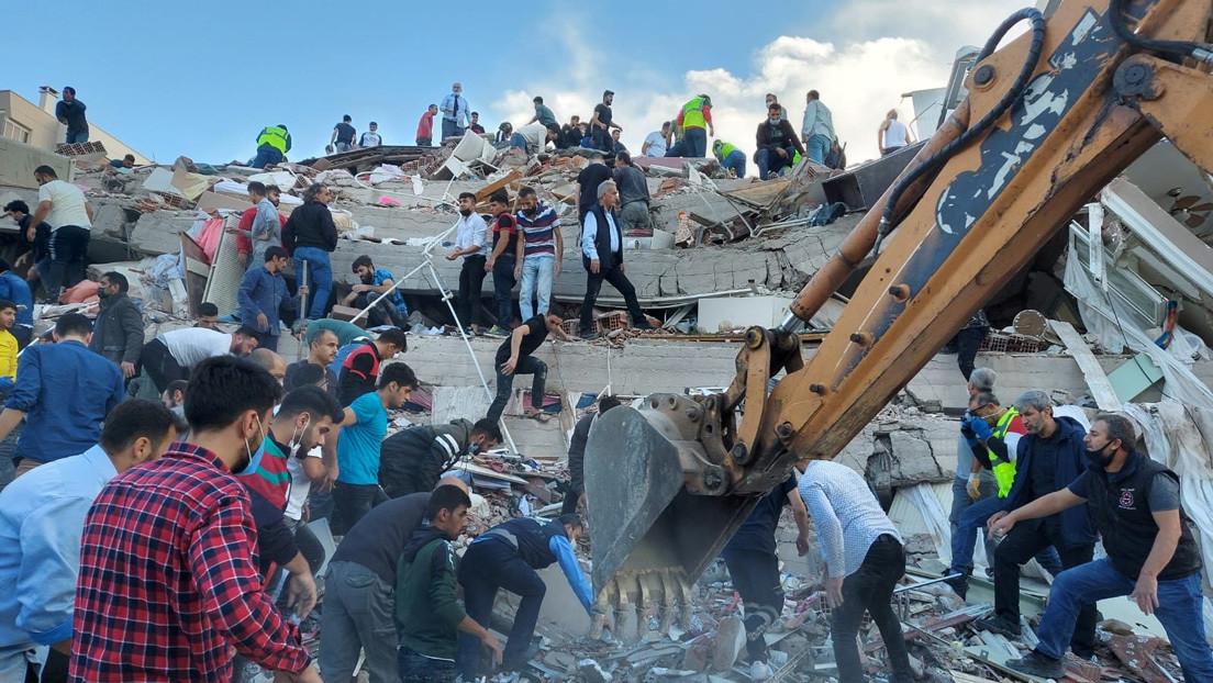 Al menos 36 muertos y más de 880 heridos en Turquía tras el terremoto en el mar Egeo