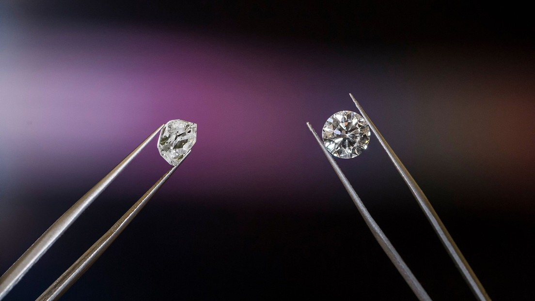 """Un multimillonario creará diamantes """"hechos del cielo"""""""