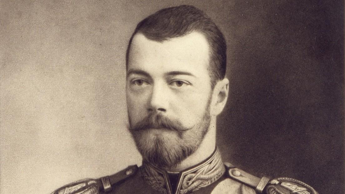 Resurgen fotos del último zar ruso Nicolás II desnudo y las redes estallan