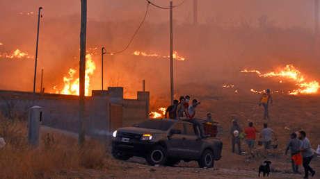 Los voraces incendios en Argentina afectan a 14 provincias y dejan devastada la zona central del país (FOTOS, VIDEOS)