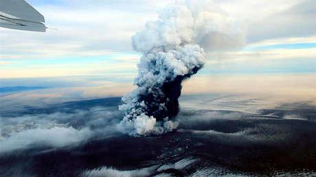 Advierten que el volcán más activo de Islandia estaría a punto de entrar en erupción