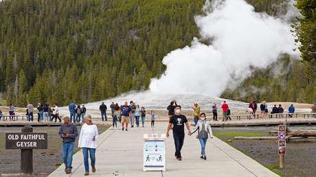 Cómo el cambio climático podría afectar al géiser más famoso de Yellowstone
