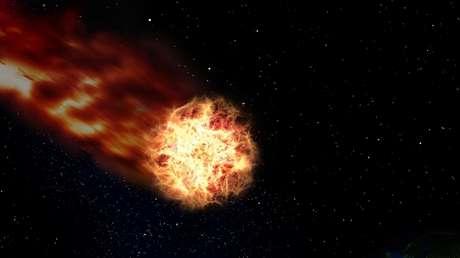Una enorme bola de fuego sobre los cielos de Alaska enciende las alarmas de alerta volcánica