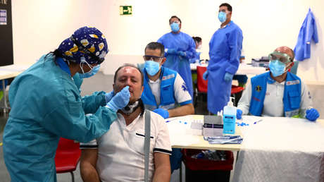 """Un científico español alerta de que el 75 % de los contagios de coronavirus se producen por aerosoles: """"Es como respirar humo"""""""