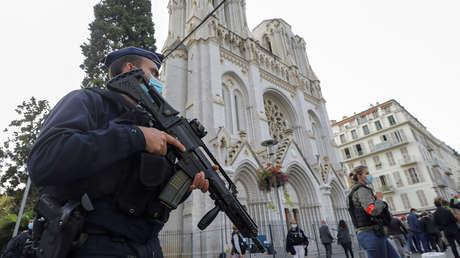 Una serie de ataques terroristas sacude a Francia en un día: ¿Qué se sabe?