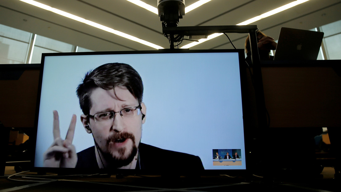 Edward Snowden solicita tener la doble ciudadanía ruso-estadounidense