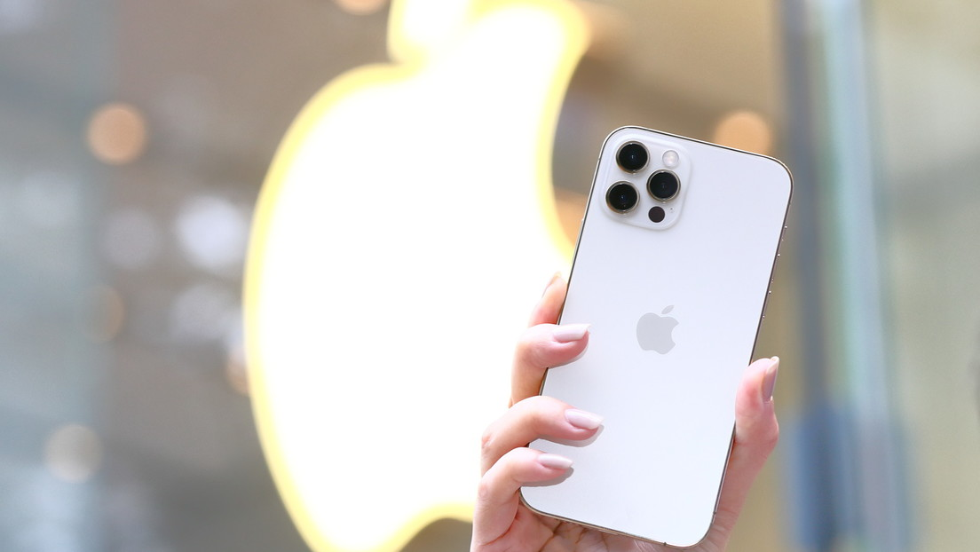 Apple introduce en el iPhone 12 Pro una tecnología que ayuda a los invidentes a 'ver' lo que hay en su entorno
