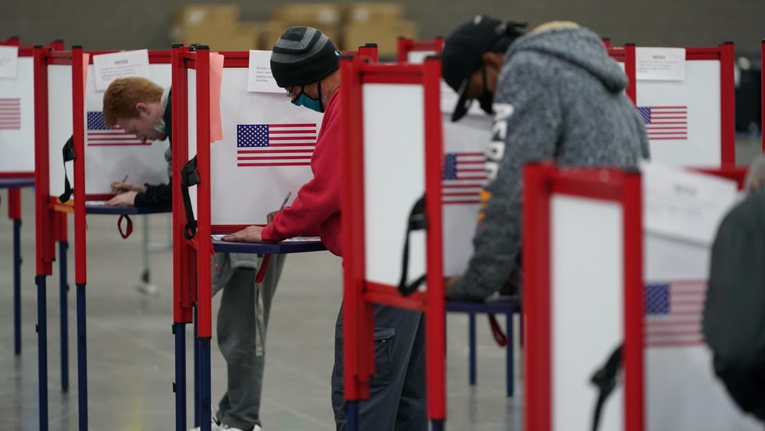 Biden encabeza el recuento mientras ambos candidatos auguran su victoria: cómo ha transcurrido la jornada electoral en EE.UU.