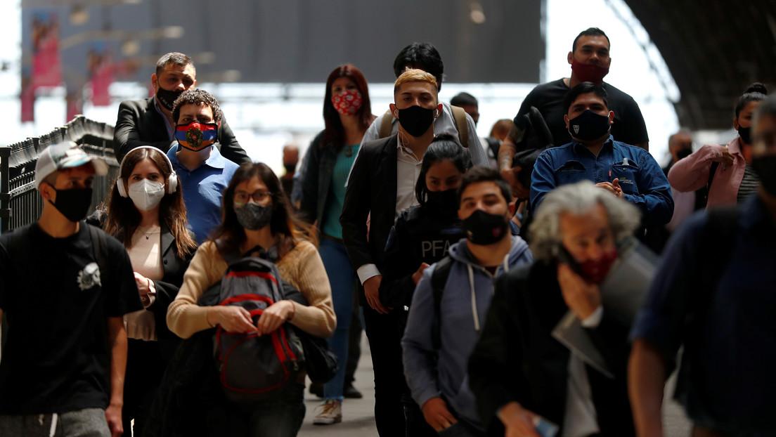 """Ministro de Economía de Argentina anuncia una """"recuperación tenue"""" a pesar de la pandemia y descarta la devaluación"""