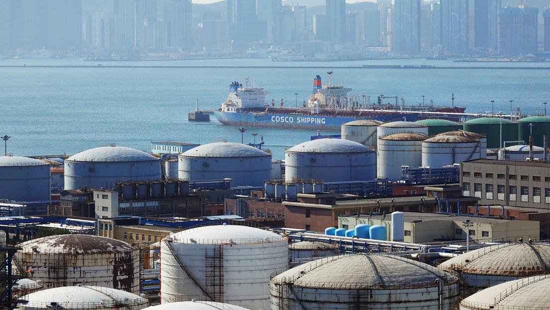 China aumenta las importaciones de petróleo y gas a un menor precio en medio de la pandemia