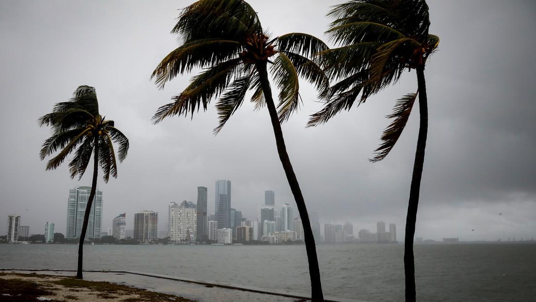La tormenta Theta rompe el récord histórico para una temporada de huracanes