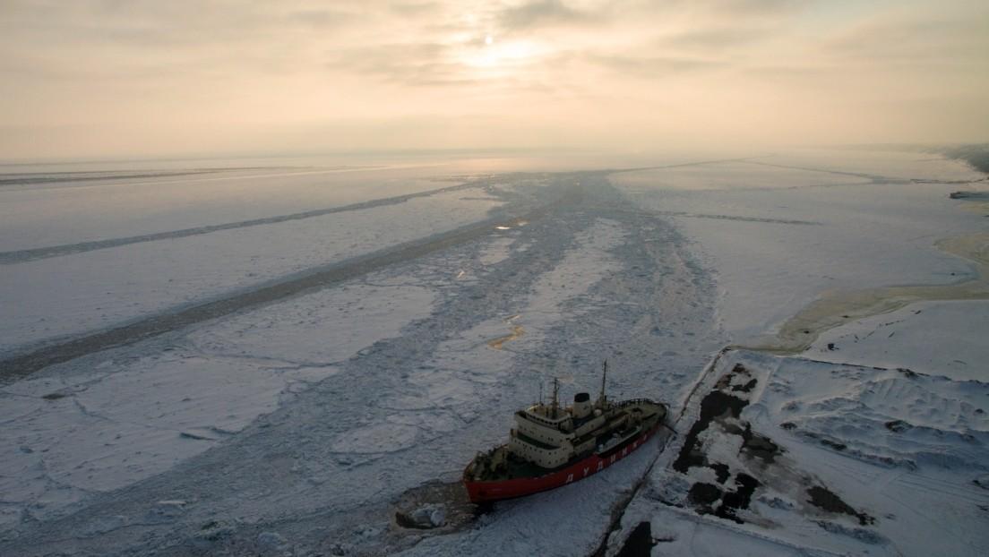 Vinculan el deshielo del Ártico con el flujo de calor de los ríos de Siberia y Norteamérica