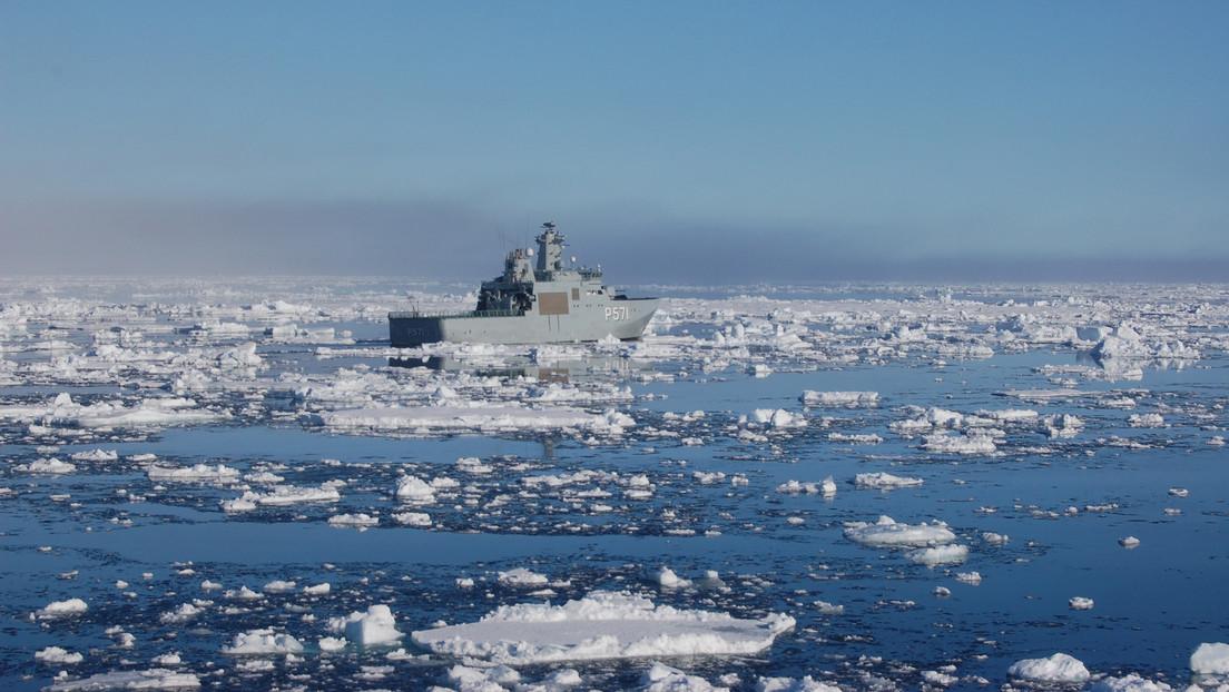 Hallan un registro climático intacto en el fondo de un antiguo lago oculto bajo la capa de hielo en Groenlandia