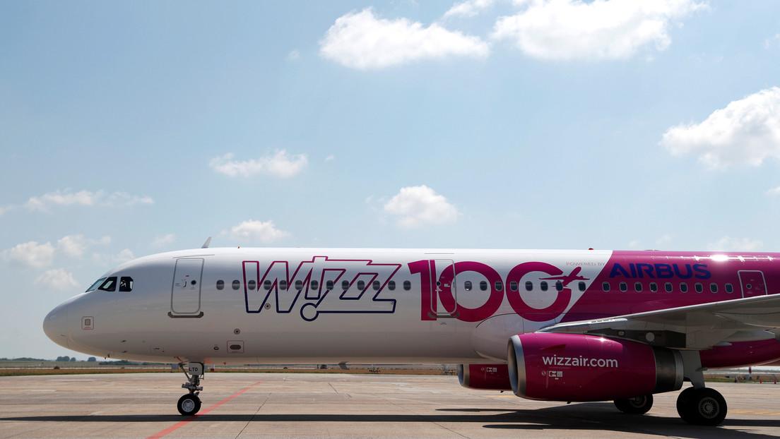"""""""Potenciales bombas de contagio"""": un alto funcionario de Noruega critica los vuelos de Wizz Air"""