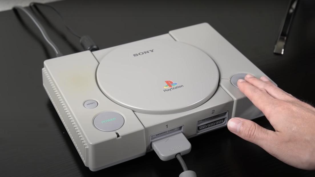 """""""¡Me hubiera gustado saberlo de niño!"""": Revelan el gran secreto oculto de la PlayStation 1, más de 25 años después"""