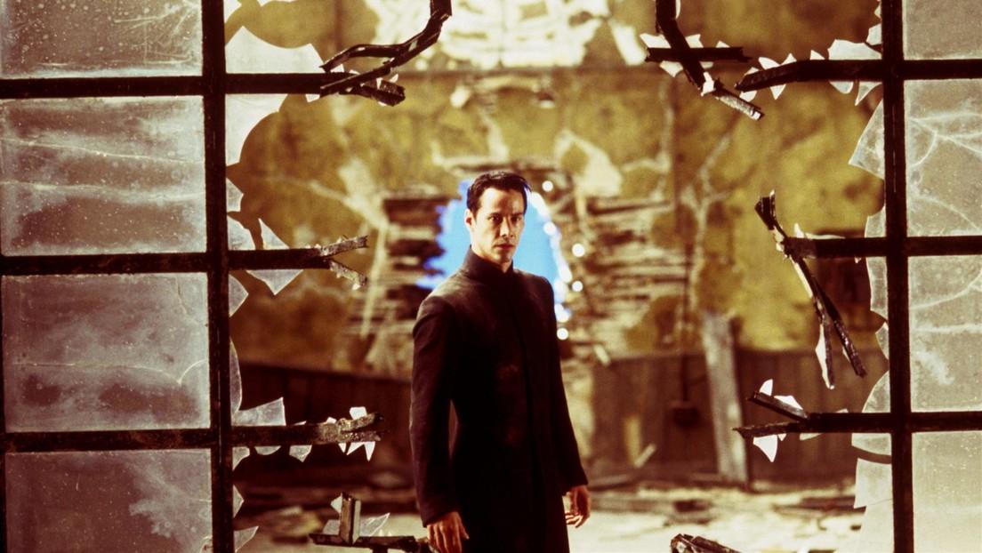'En Matrix no hay covid': Polémica por la fiesta 'secreta' que celebró el final del rodaje de la cuarta película de la saga
