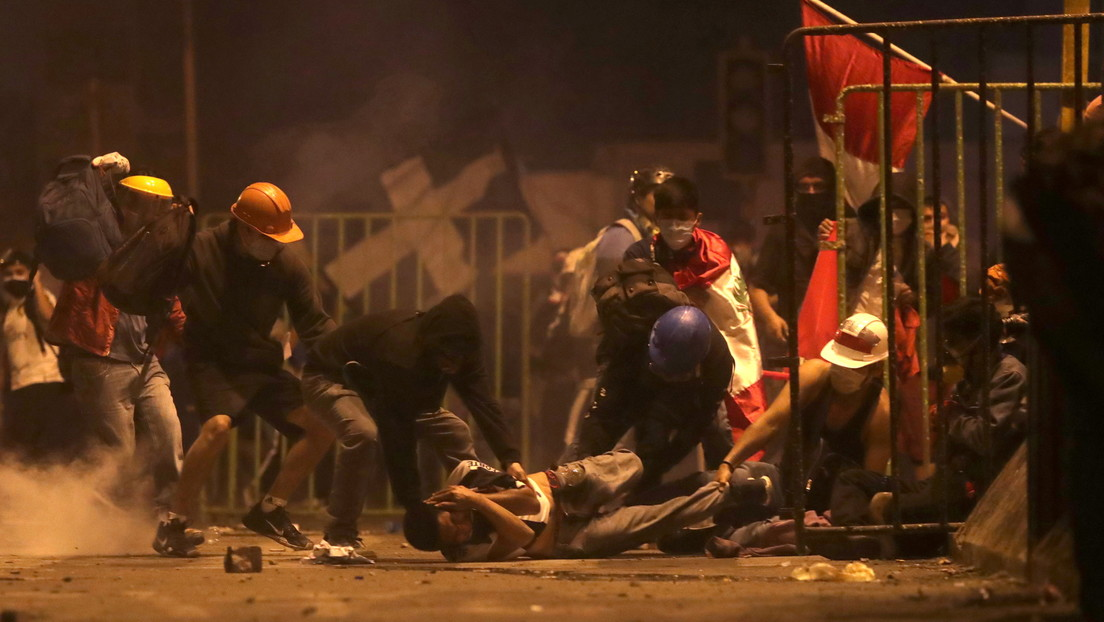 Muere un joven por heridas de proyectil durante el sexto día de protestas en Perú