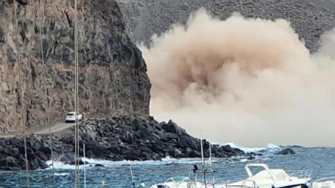 VIDEO: El momento en que un acantilado se derrumba a escasos metros de vehículos en las islas Canarias