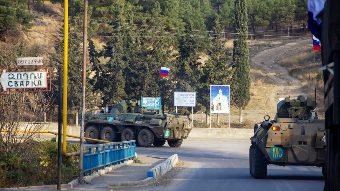 """Putin y Macron destacan la importancia del regreso de los refugiados y la resolución de otros """"problemas humanitarios urgentes"""" en Nagorno Karabaj"""