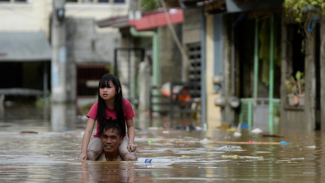 VIDEO: Convierte su Mitsubishi Xpander en un 'coche flotante' para salvarlo de las inundaciones