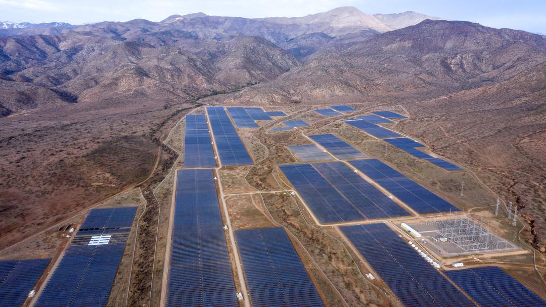 Cómo el cambio climático podría perjudicar a la energía solar de Chile y por qué es una mala noticia para el país