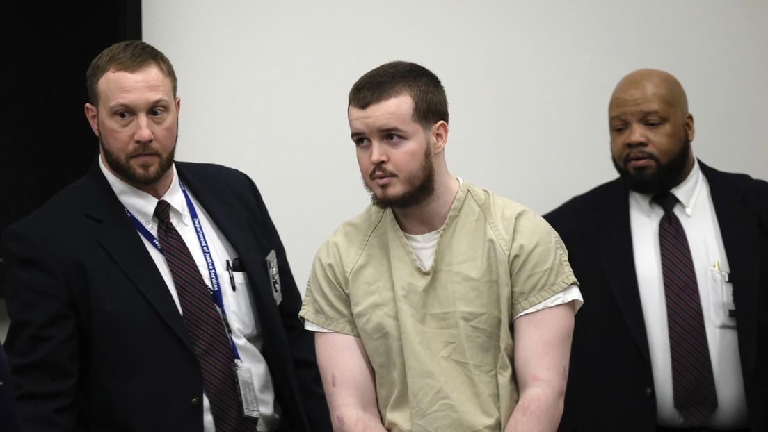 """Un asesino pierde la apelación de que su cadena perpetua es """"demasiado cruel"""" para la edad que tenía cuando mató a un policía"""