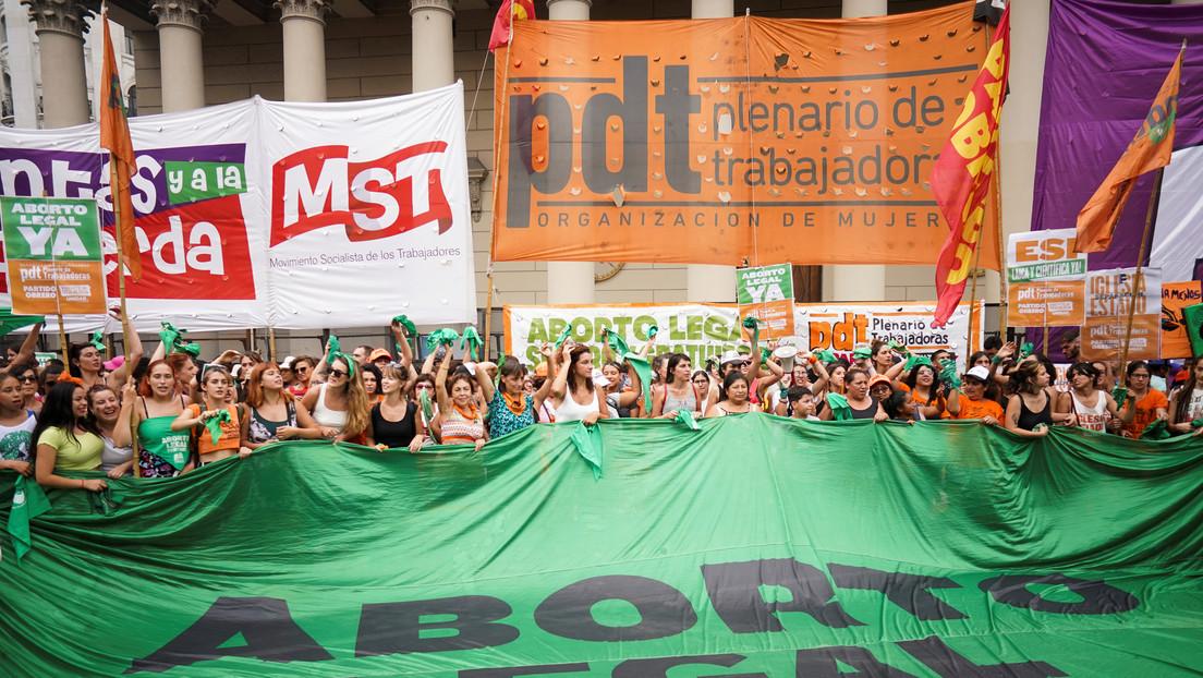 Luz verde para debatir (otra vez) la legalización del aborto en Argentina: un capítulo crucial en la lucha por los derechos en América Latina