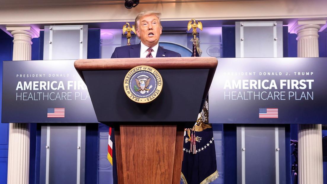 """Trump anuncia """"dos innovadoras normativas"""" para reducir el precio de los medicamentos en EE.UU. que las farmacéuticas desafiarían en tribunales"""