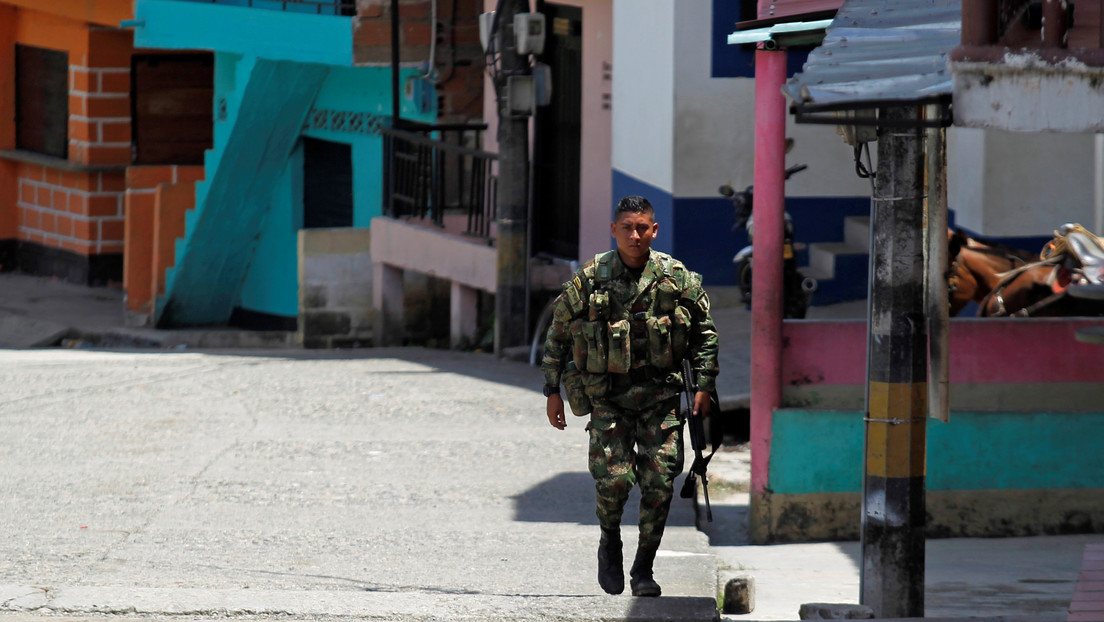 Reportan el asesinato de un líder social en una balacera que deja varios muertos y heridos en el suroccidente de Colombia