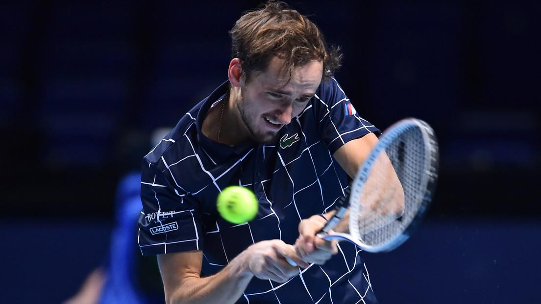 El tenista ruso Daniil Medvédev se corona campeón de las Nitto ATP Finals, al derrotar a Dominic Thiem y logra el título más importante de su carrera