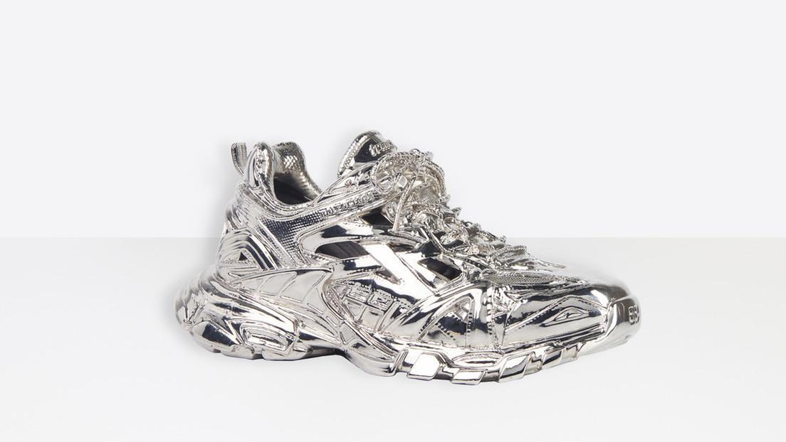 Balenciaga lanza unas zapatillas por 5.750 dólares (y solo se pueden contemplar)