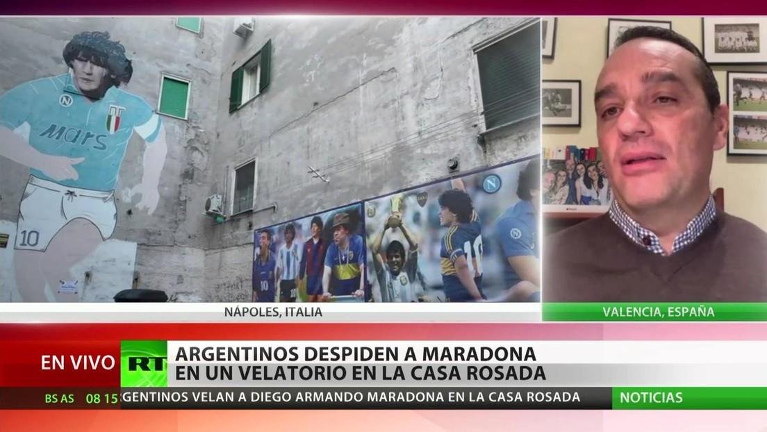 """Entrenador español: """"No se puede comparar a Maradona con Messi porque jugaron en entornos diferentes"""""""