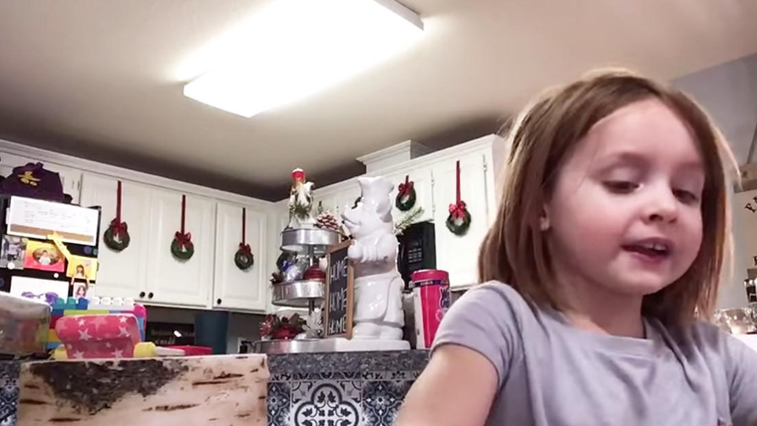 """VIDEO: Un hombre se convierte en celebridad bailando """"como un tonto"""" mientras su hija graba la tarea para enviar a la profesora"""
