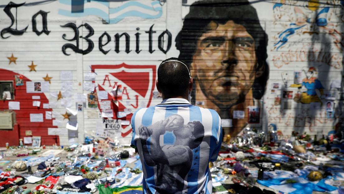 Un periodista argentino asegura que Maradona había pedido ser embalsamado y exhibido tras su muerte