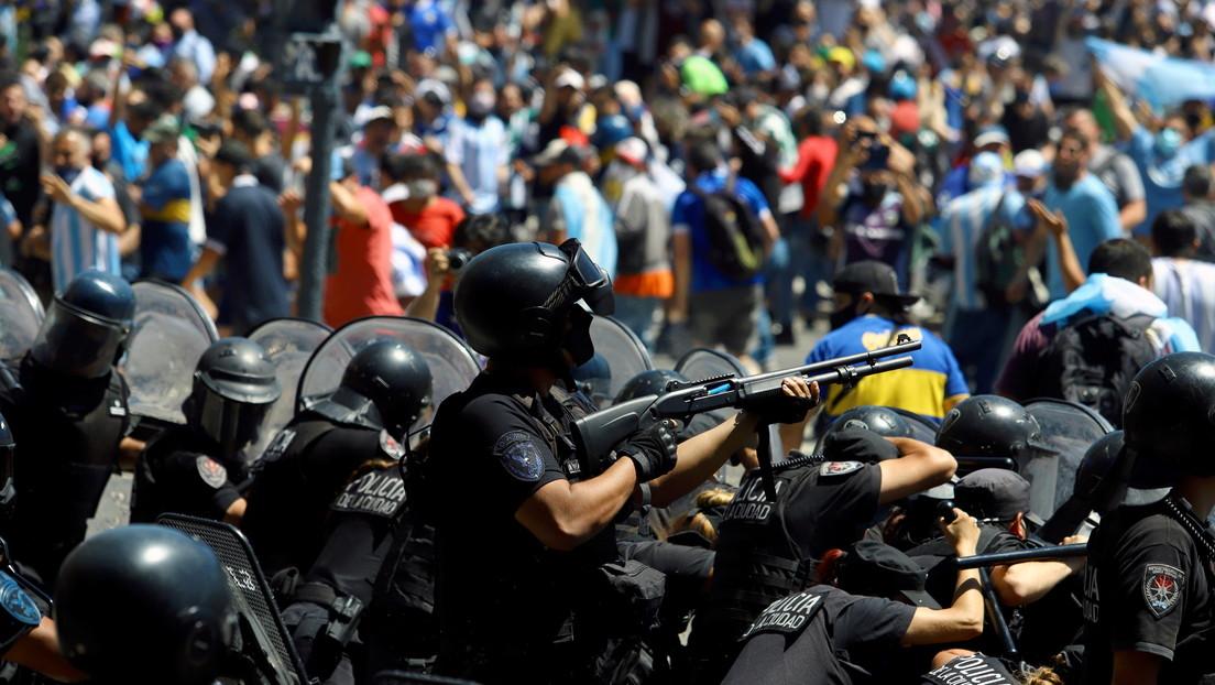 Gobierno argentino denuncia a las autoridades de Buenos Aires por la represión policial durante el velorio de Maradona