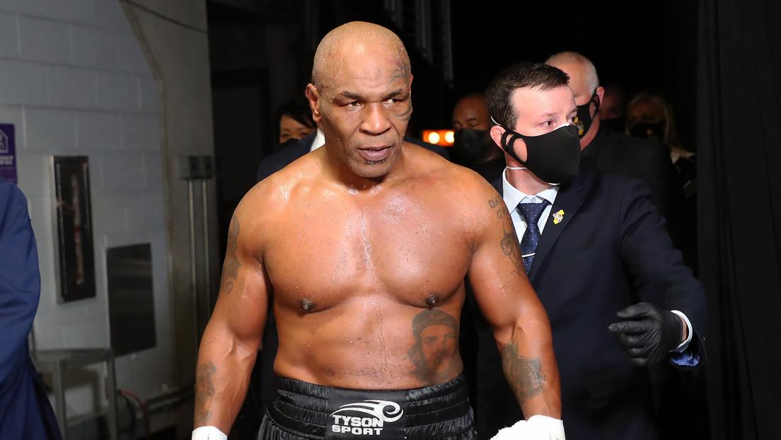 """""""Le robaron la victoria"""": Fanáticos del boxeo, molestos tras el empate de Mike Tyson con Roy Jones Jr."""