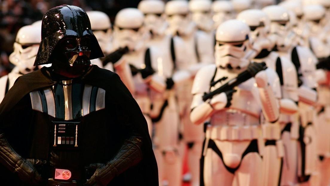 Fallece a los 85 años el actor David Prowse, que interpretó a Darth Vader en 'Star Wars'
