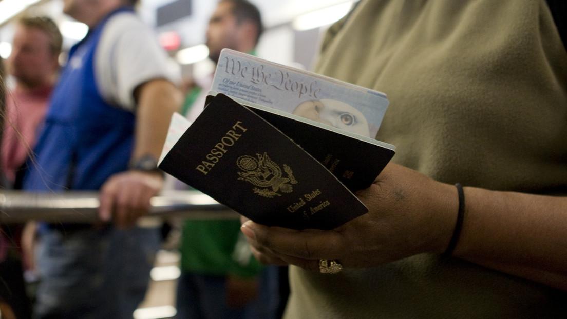 Disminuye el poder del pasaporte de EE.UU. mientras aumenta el número de expatriados y de estadounidenses que buscan otras ciudadanías