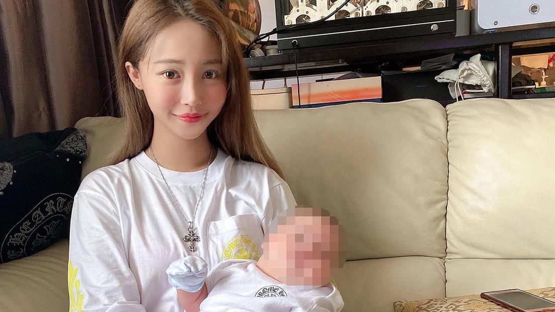 Atacan a una 'influencer' y a su bebé después de lucir objetos de lujo en redes sociales y le roban casi 500.000 dólares en artículos