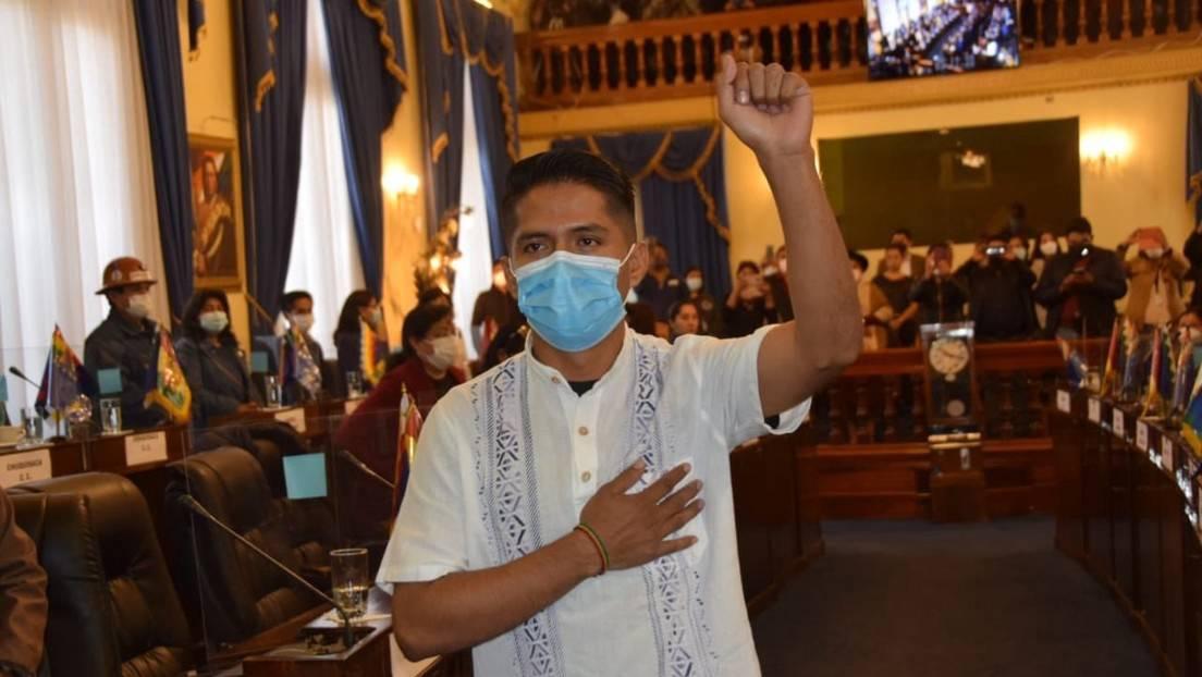 El dirigente Andrónico Rodríguez es elegido y posesionado como el nuevo presidente del Senado de Bolivia - RT