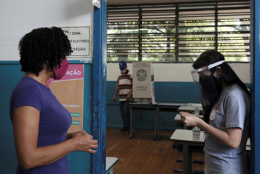 A woman at a polling station during municipal elections in Sao Bernardo do Campo, Brazil, on November 15, 2020 Ricardo Moraes / Reuters