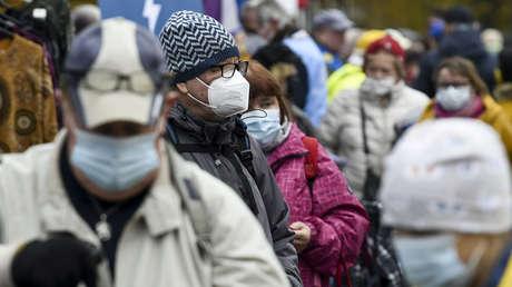 """Representante de la OMS en Rusia advierte que """"los próximos meses serán muy difíciles"""" por la situación epidémica en el mundo"""