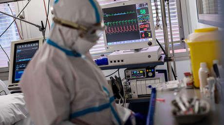 ¿España, más cerca del confinamiento domiciliario? 55.000 contagios en tres días elevan los temores