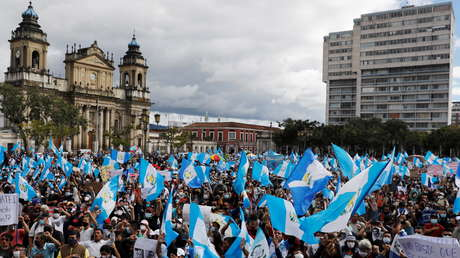 Los presupuestos que incendiaron las calles: 6 preguntas (y respuestas) para entender qué está pasando en Guatemala