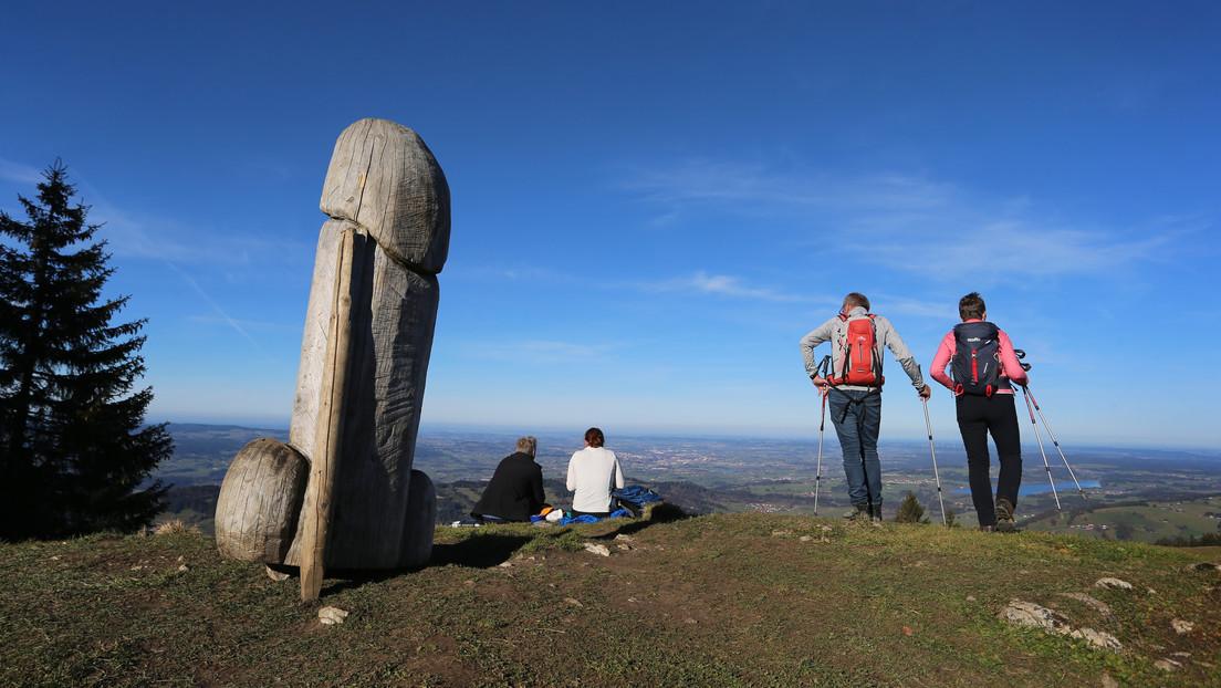 Una enorme escultura fálica desaparece de una montaña alemana y deja perplejas a las autoridades