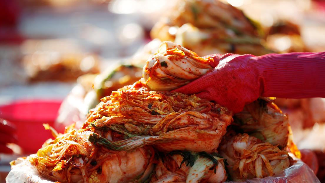 La 'batalla' por el kimchi: Pekín y Seúl discuten de quién es el plato nacional preparado con col china